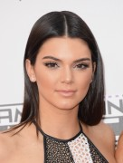 Kendall Jenner attends the 2014 American Music Awards at Nokia Theatre L.A. Live in Los Angeles, California 23.11.2014 (x112) updatet Bf9a9c366366857