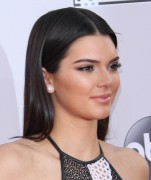 Kendall Jenner attends the 2014 American Music Awards at Nokia Theatre L.A. Live in Los Angeles, California 23.11.2014 (x112) updatet Ac4d69366557925