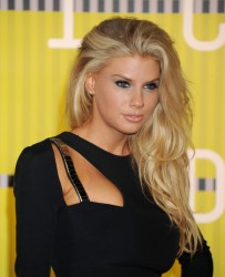 """Charlotte McKinney """"2015 MTV Video Music Awards at Microsoft Theater in Los Angeles"""" (30.08.2015) 33x  updated x3 46bc70432966362"""