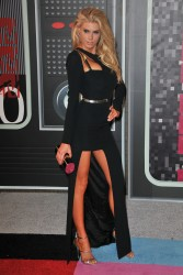 """Charlotte McKinney """"2015 MTV Video Music Awards at Microsoft Theater in Los Angeles"""" (30.08.2015) 33x  updated x3 6eadf2433237799"""