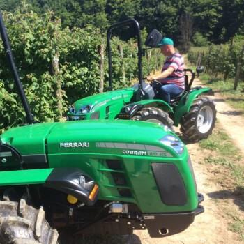 Traktori Ferrari opća tema traktora - Page 2 Fd64de440661336