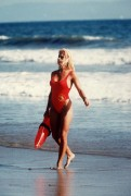 Спасатели Малибу / Baywatch (сериал 1989–2001) 13582d420595826