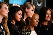 "Selena Gomez ""2015 MTV Video Music Awards at Microsoft Theater in Los Angeles"" (30.08.2015) 780x updatet 09e28e432956741"