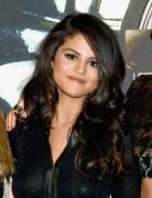 "Selena Gomez ""2015 MTV Video Music Awards at Microsoft Theater in Los Angeles"" (30.08.2015) 780x updatet D6de40432956777"