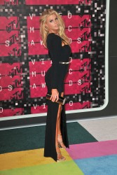 """Charlotte McKinney """"2015 MTV Video Music Awards at Microsoft Theater in Los Angeles"""" (30.08.2015) 33x  updated x3 019ad6433237810"""