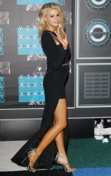 """Charlotte McKinney """"2015 MTV Video Music Awards at Microsoft Theater in Los Angeles"""" (30.08.2015) 33x  updated x3 212825433237749"""