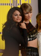 "Selena Gomez ""2015 MTV Video Music Awards at Microsoft Theater in Los Angeles"" (30.08.2015) 780x updatet B1f961433419902"