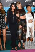 "Selena Gomez ""2015 MTV Video Music Awards at Microsoft Theater in Los Angeles"" (30.08.2015) 780x updatet Ffbd75433415175"
