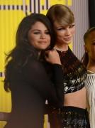 "Selena Gomez ""2015 MTV Video Music Awards at Microsoft Theater in Los Angeles"" (30.08.2015) 780x updatet 0dbb38433427483"