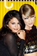 "Selena Gomez ""2015 MTV Video Music Awards at Microsoft Theater in Los Angeles"" (30.08.2015) 780x updatet 7f898b433428096"