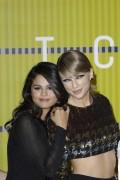 "Selena Gomez ""2015 MTV Video Music Awards at Microsoft Theater in Los Angeles"" (30.08.2015) 780x updatet B1e9e0433425939"