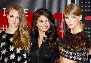 "Selena Gomez ""2015 MTV Video Music Awards at Microsoft Theater in Los Angeles"" (30.08.2015) 780x updatet 46cb67433432422"