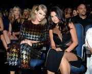 """Selena Gomez """"2015 MTV Video Music Awards at Microsoft Theater in Los Angeles"""" (30.08.2015) 780x updatet 5aa457433437631"""