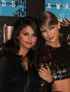 """Selena Gomez """"2015 MTV Video Music Awards at Microsoft Theater in Los Angeles"""" (30.08.2015) 780x updatet 759aff433430589"""