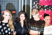 """Selena Gomez """"2015 MTV Video Music Awards at Microsoft Theater in Los Angeles"""" (30.08.2015) 780x updatet 84dc69433435569"""