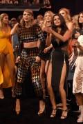 "Selena Gomez ""2015 MTV Video Music Awards at Microsoft Theater in Los Angeles"" (30.08.2015) 780x updatet C8f41e433437307"