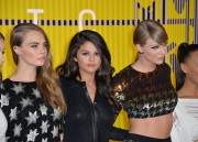 """Selena Gomez """"2015 MTV Video Music Awards at Microsoft Theater in Los Angeles"""" (30.08.2015) 780x updatet F4d631433433876"""