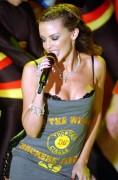 Kylie Minogue - Страница 29 3e78c7433774791