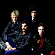 Queen и Freddie Mercury B2787e435407613