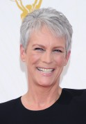 Jamie Lee Curtis - 67th Annual Primetime Emmy Awards at Microsoft Theater 20.9.2015 x39 updated 2cffe2436880573