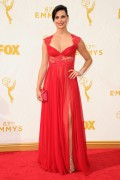 Morena Baccarin - 67th Annual Primetime Emmy Awards at Microsoft Theater 20.9.2015 x90 updatet x5 6fffbb436916111