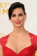 Morena Baccarin - 67th Annual Primetime Emmy Awards at Microsoft Theater 20.9.2015 x90 updatet x5 Cb428e436916141