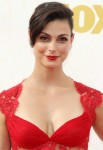 Morena Baccarin - 67th Annual Primetime Emmy Awards at Microsoft Theater 20.9.2015 x90 updatet x5 Eb6e38436984208