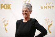 Jamie Lee Curtis - 67th Annual Primetime Emmy Awards at Microsoft Theater 20.9.2015 x39 updated Eb78fd437224033