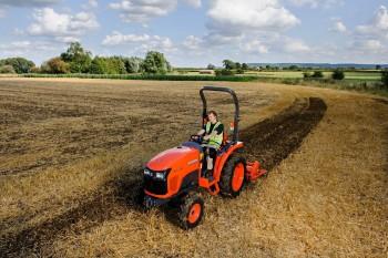 Traktori Kubota D10d8d440581584