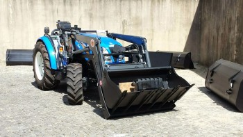 Traktori New Holland opća tema D79f95442132228