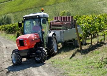 Traktori Same voćarski 7c6cbc442368230