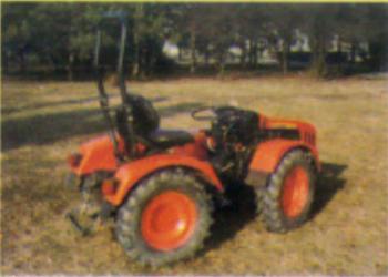 Traktori UZT 24                    48c3f6444698461