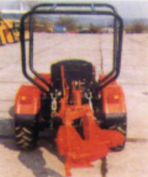 Traktori UZT 24                    52fa3b444698433
