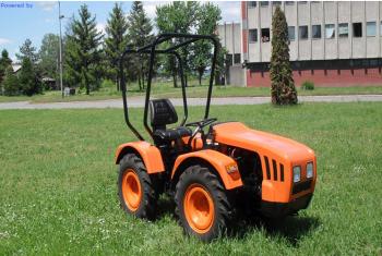 Traktori UZT 24                    62217a444698591