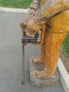 Izrada drvenih skulptura motornom pilom 96b89a446647529