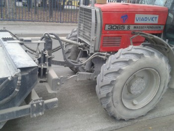 Traktori Massey Ferguson opća tema  26099c448428116