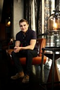 Дэйв Франко (Dave Franco) Photoshoot (2014) - 7xHQ 1957e0449001021