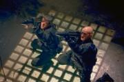 Ни жив ни мёртв / Half Past Dead (Стивен Сигал, 2002) 4c069a471257150