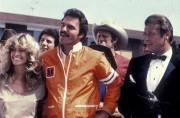 Гонки «Пушечное ядро» / The Cannonball Run (Берт Рейнолдс, Роджер Мур, Фарра Фосетт, Джеки Чан, 1981)  3ddf0a475930829