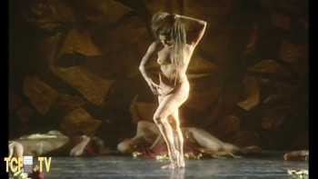 Celebrity Content - Naked On Stage - Page 5 6a5779486724093