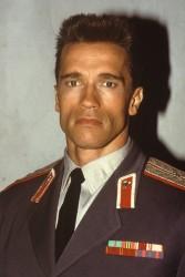 Красная жара / Red Heat (Арнольд Шварценеггер, Джеймс Белуши, 1988) - Страница 2 Cd228b495419633