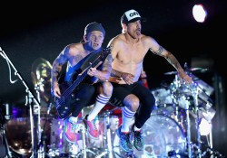 Red Hot Chili Peppers  8d5d8c516835460