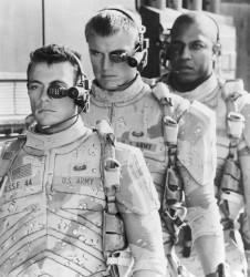 Универсальный солдат / Universal Soldier; Жан-Клод Ван Дамм (Jean-Claude Van Damme), Дольф Лундгрен (Dolph Lundgren), 1992 - Страница 2 9fb070483230596