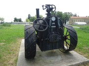 Oldtimer traktori & traktorski priključci 06e852485863896
