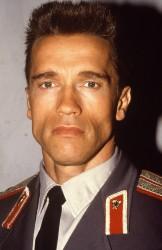 Красная жара / Red Heat (Арнольд Шварценеггер, Джеймс Белуши, 1988) - Страница 2 0c9062495419654