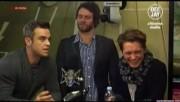 Take That à la radio DJ Italie 23/11-2010 5d813c110834160