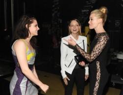 MTV Movie Awards 2012 E0a42f193962642