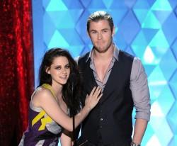 MTV Movie Awards 2012 6bd360194021899