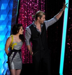 MTV Movie Awards 2012 1b5192194020028