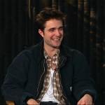 Robert Pattinson parlera de 'Water For Elephants' sur le 1er Live Stream de 'MTV! - Page 2 Cf80f3124174918
